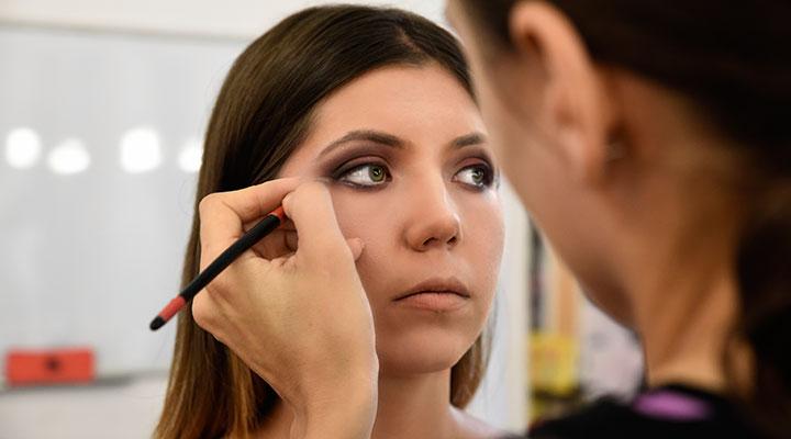 curs-machiaj-profesional-makeup-artist-2