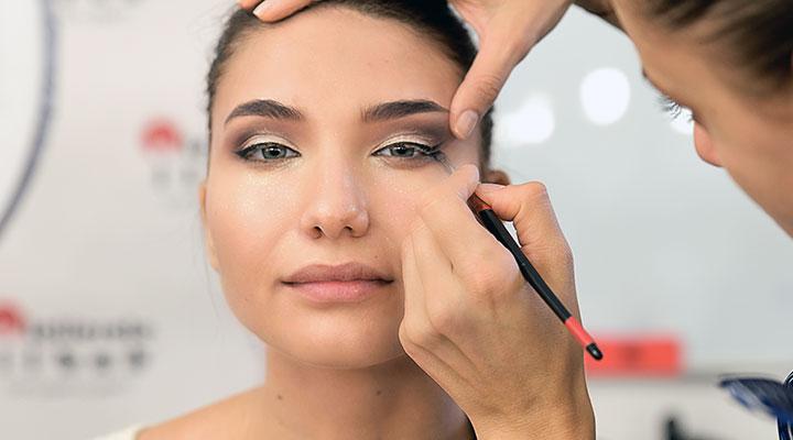 curs-machiaj-profesional-makeup-artist-6