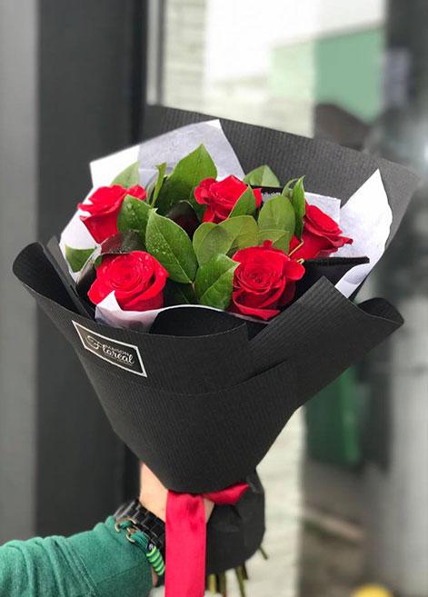 curs-decorator-floral-maison-floreal-bogdan-stefan-design-floral-atelierele-ilbah-2