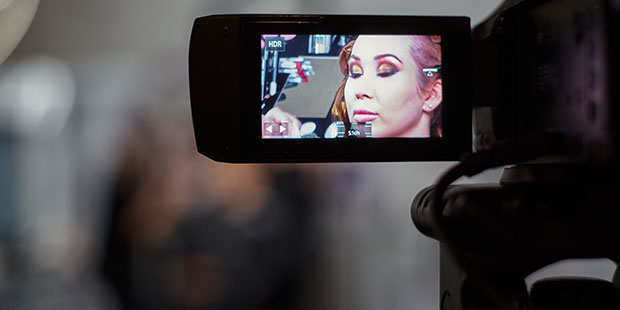 cursantii-atelierele-ILBAH-fotografii-oficiali-ai-cosmobeauty-cover