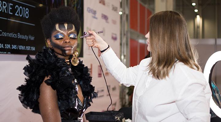 locul-1-pentru-bealcu-ana-maria-si-echipa-atelierele-ilbah-in-cadrul-concursului-de-machiaj-profesional-make-up-forum-12