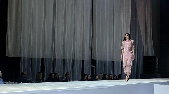 creatiile-vestimentare-ale-cursantiilor-atelierele-ilbah-pe-podiumul-bucharest-fashion-week-8