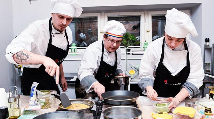 curs-bucatar-autorizat-cursuri-cooking-ateliere-de-gatit-atelierele-ilbah-2