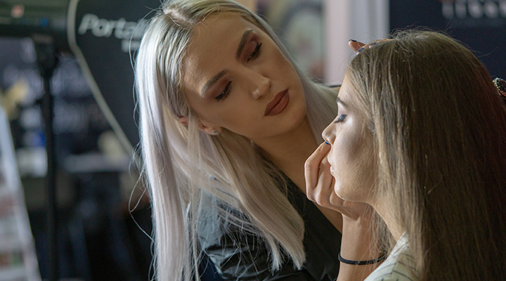arta-machiajului-la-makeup-forum-2019-7