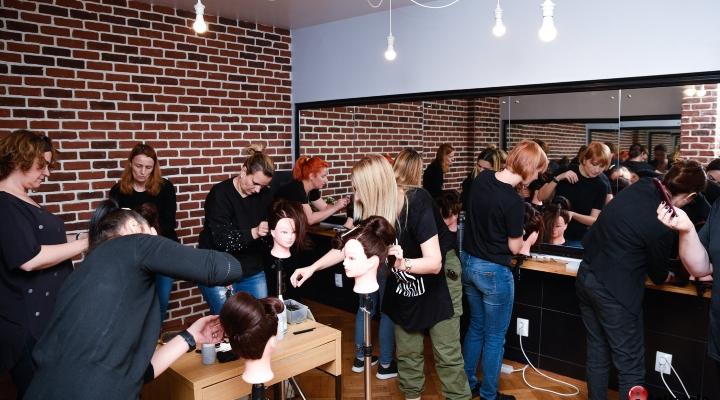 Untitledalatura-te-noii-dgeneratii-de-hairstylisti-atelierele-ilbah-4